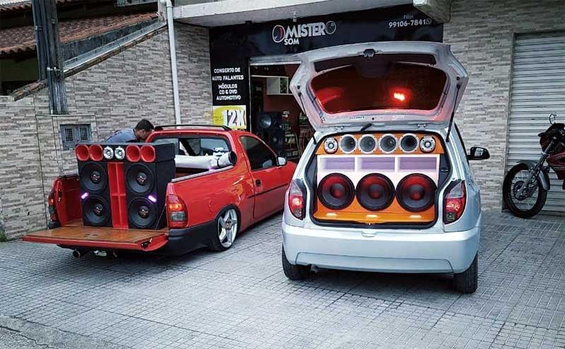 mister som itajaí mr carros autos automotivos instalação de películas módulos amplificador caixas de som câmeras de ré consertos farol xenon lampadas led cds dvd kit multimidia